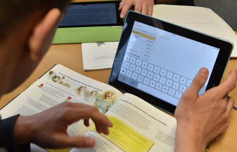 Deutscher Datenschützer: Office 365 darf vorerst doch an Schulen eingesetzt werden