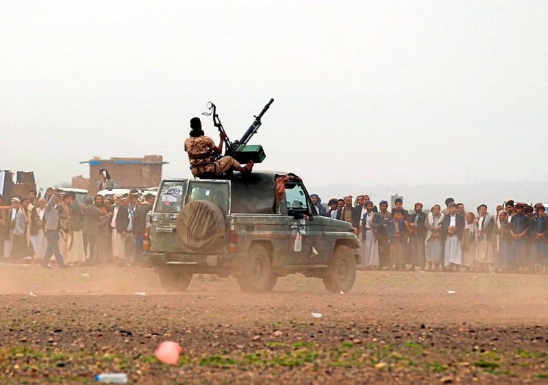 Huthi-Rebellen greifen offenbar saudische Öl-Anlagen an