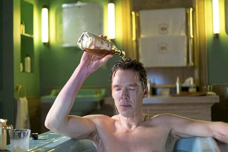 Der große Suff: Warum in Serien so viel Alkohol getrunken wird