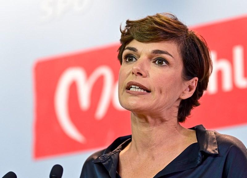 SPÖ-Chefin Rendi-Wagner fordert 50 Euro Extra-Pension für Eltern