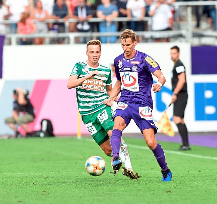 Wiener Derby Rapid Jubelt Austria Kriselt
