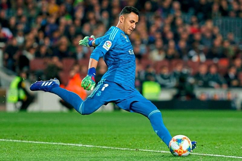 Real-Torhüter Navas zu PSG, Areola leihweise nach Madrid