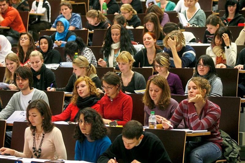 Eine doppelte Krise der Universitäten?