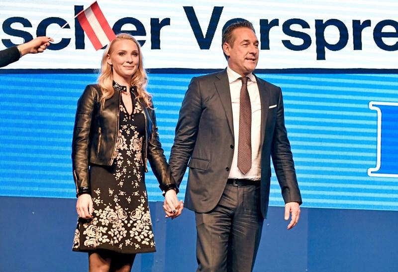 """Philippa Strache liebt ihr """"kleines Monster"""" auch in """"schwachen Momenten"""""""
