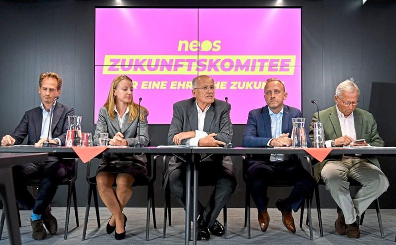 Neos präsentieren Unterstützerkomitee für Nationalratswahl