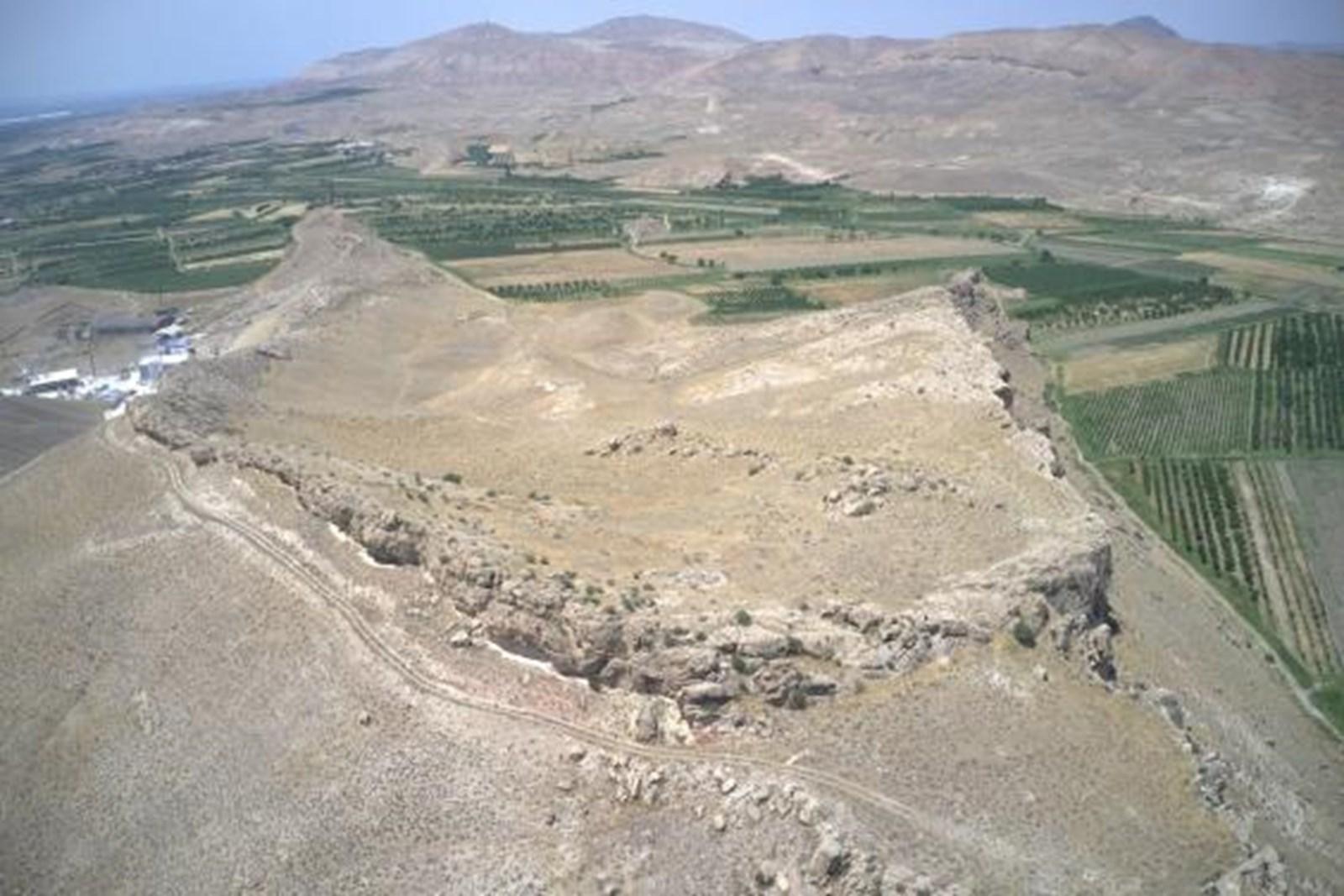 Reste einer 3.000 Jahre alten Festung in Armenien freigelegt – derStandard.at