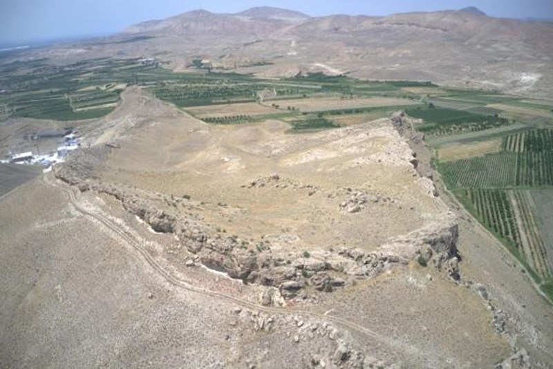 Reste einer 3.000 Jahre alten Festung in Armenien freigelegt