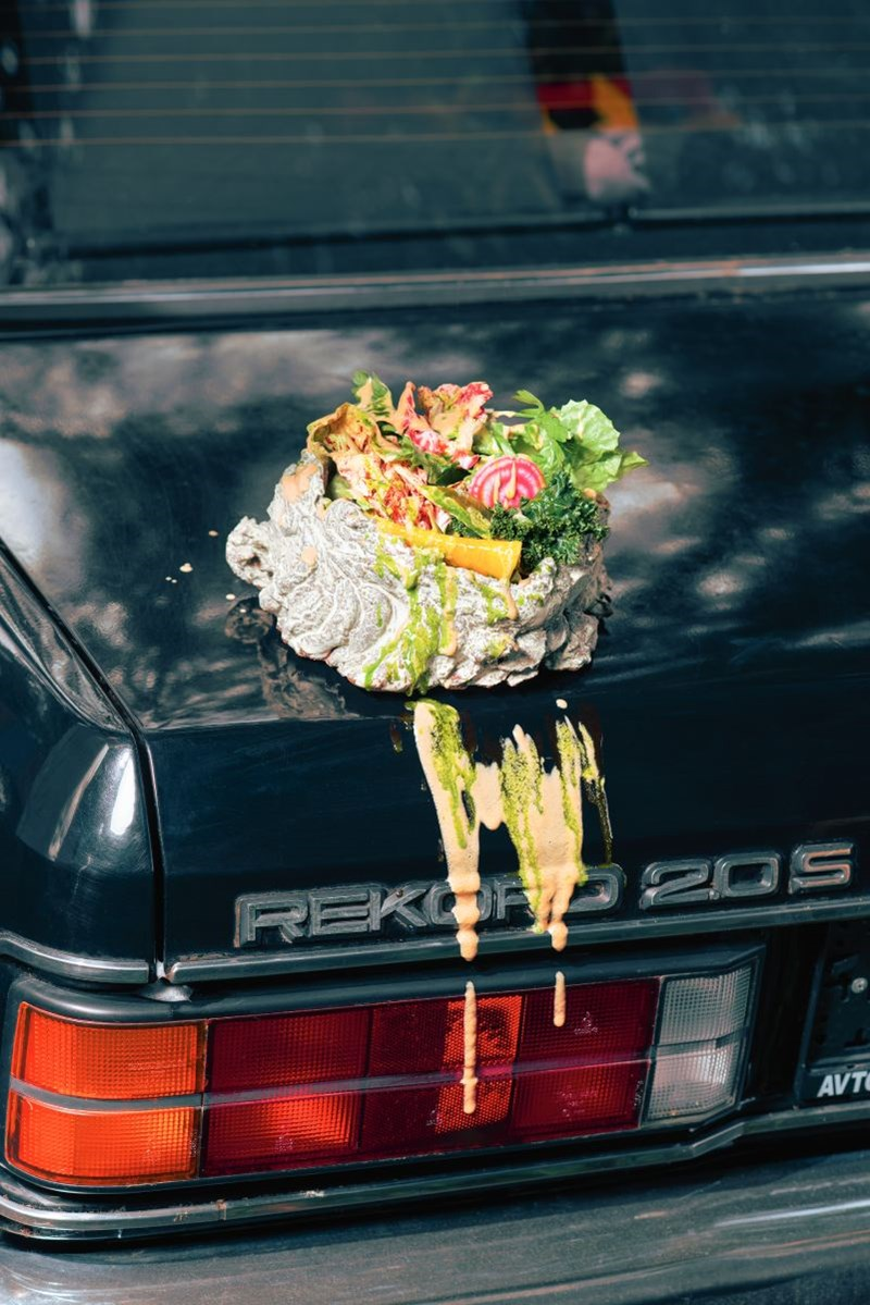 Steinbeisser: Essen als Kunst und auf Willy Brandts Opel