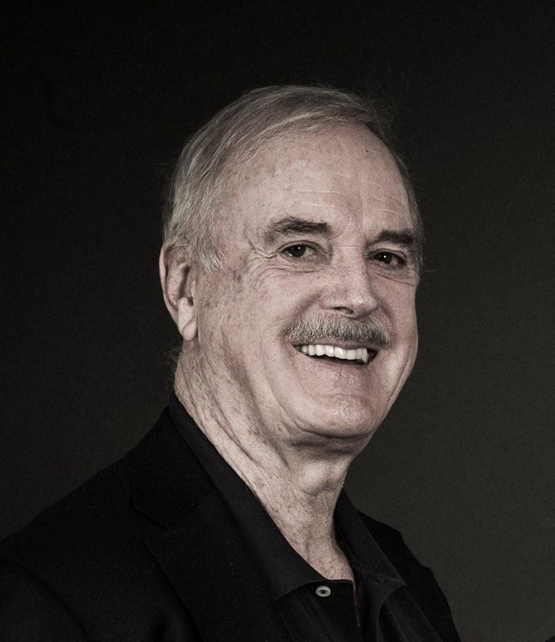 John Cleese und Niavarani in Wien: Ein Königreich für ein Tortenstück