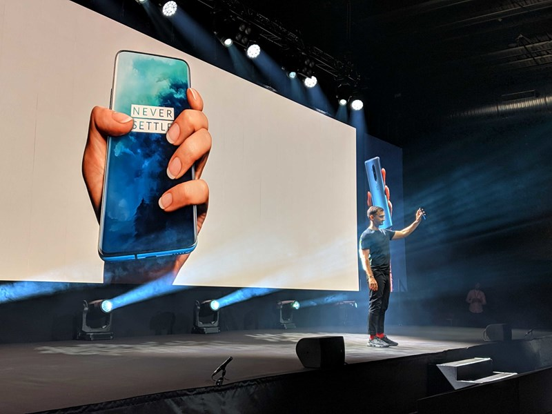 OnePlus 7T Pro: Neues Top-Smartphone mit fast rahmenlosem 90-Hz-Display