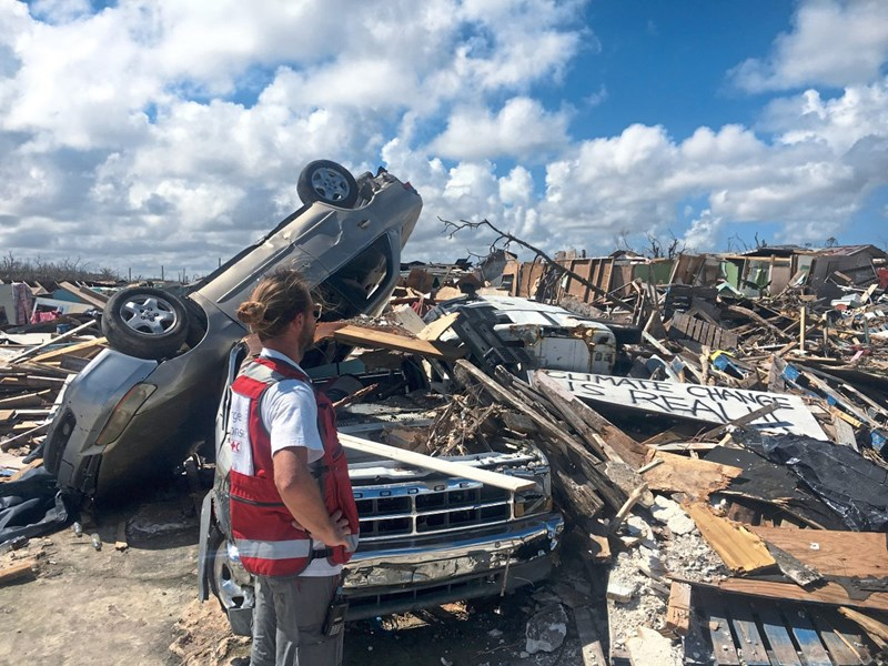 Bahamas liegen nach Hurrikan in Trümmern, Haitianer werden abgeschoben