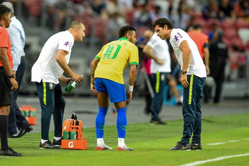 PSG muss mehrere Wochen auf Superstar Neymar verzichten