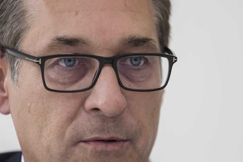 Facebook verbietet FPÖ Zusammenlegung mit Strache-Seite