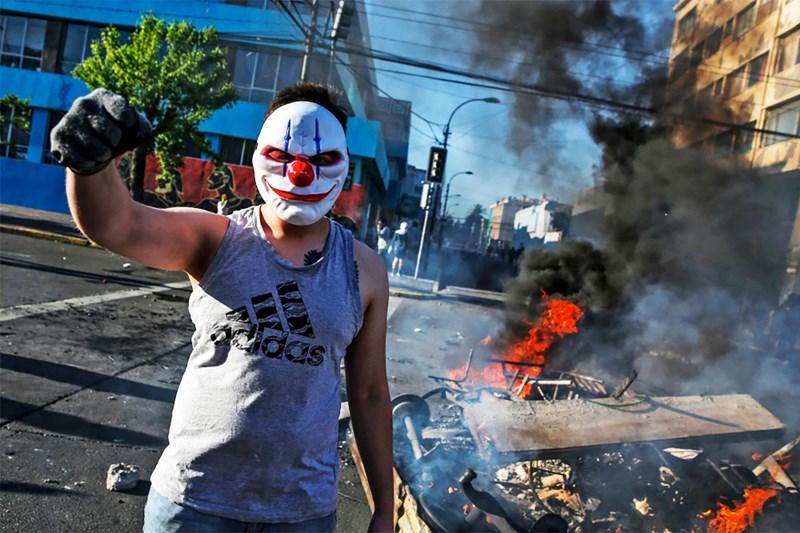 Podcast: Chile im Ausnahmezustand – Molotowcocktails gegen Ungleichheit