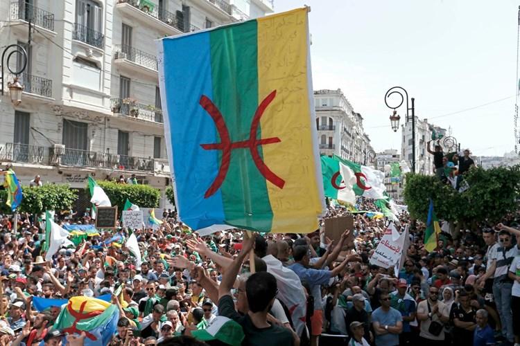 Politisch motivierte Urteile gegen Berberaktivisten in Algerien