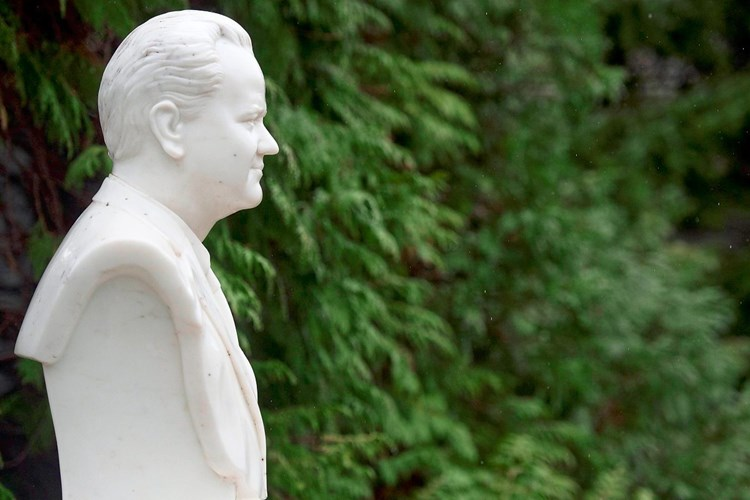 "Historiker: ""Milošević wurde als antiimperialistischer Märtyrer neu verpackt"""