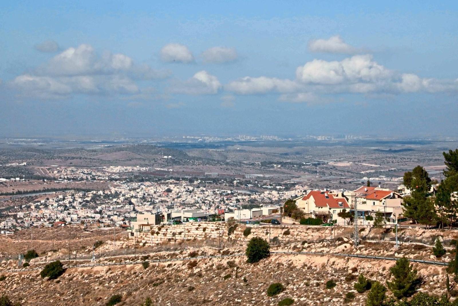 Israel baut Siedlungen in Hebron, palästinensische Läden im Erdgeschoss