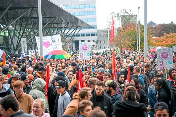 Farbbeutel bei Linzer Demo: Organisatoren müssen doch nicht zahlen