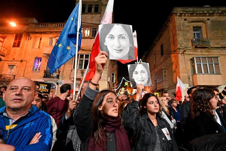 Malteser gehen gegen die Mafia und die Regierung auf die Straße
