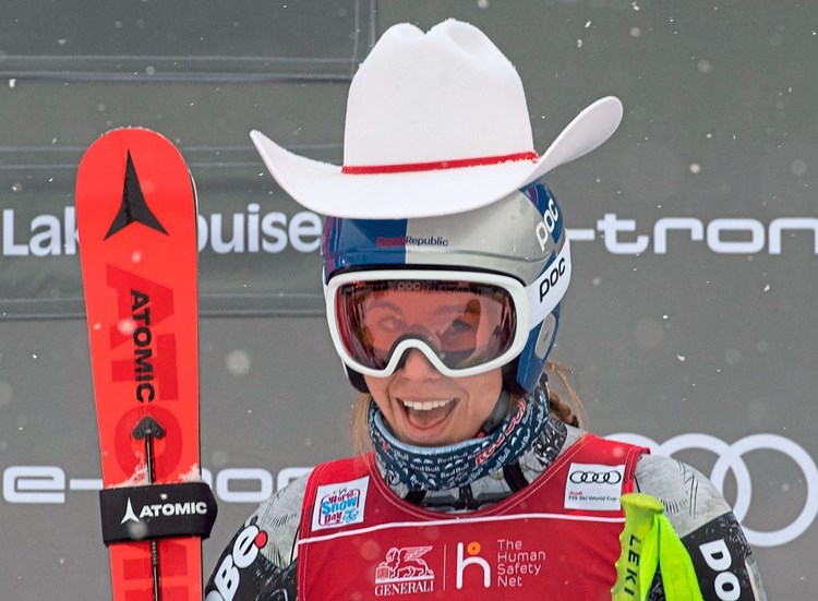 """Snowboarderin Ledecka beeindruckt Skiwelt mit Sieg: """"Sie kann alles"""""""