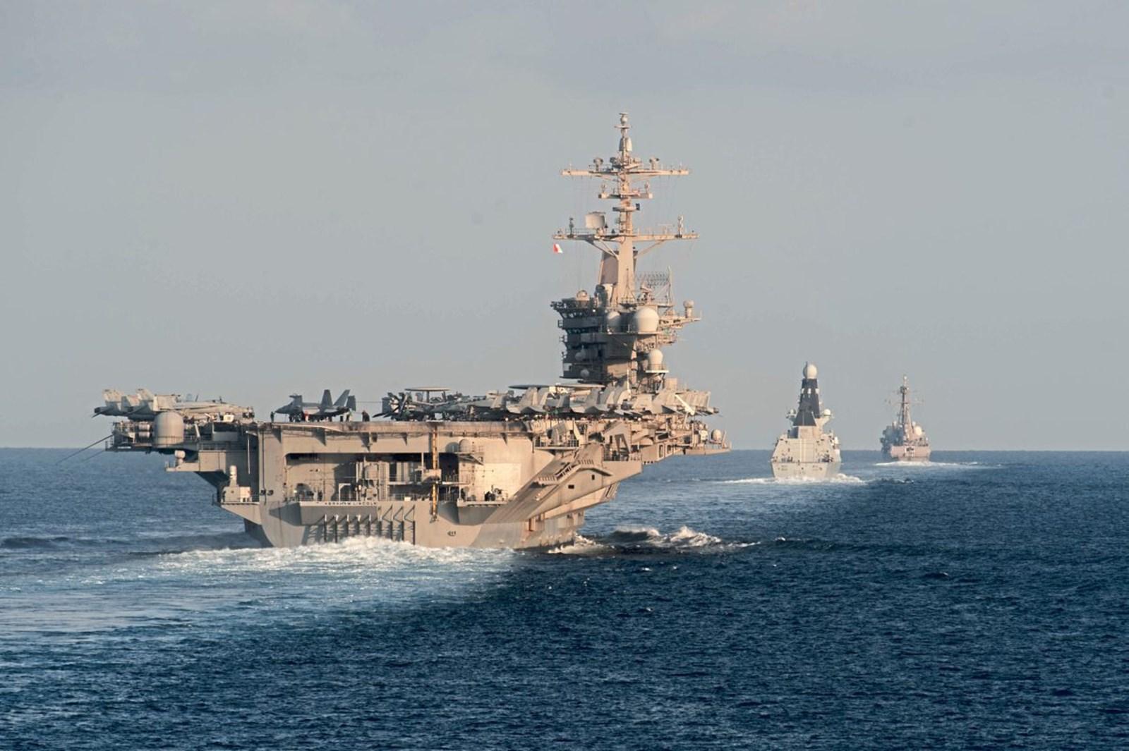 Iran begann gemeinsames Marinemanöver mit China und Russland