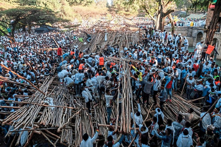 Zehn Tote und hundert Verletzte bei Einsturz von Tribüne in Äthiopien