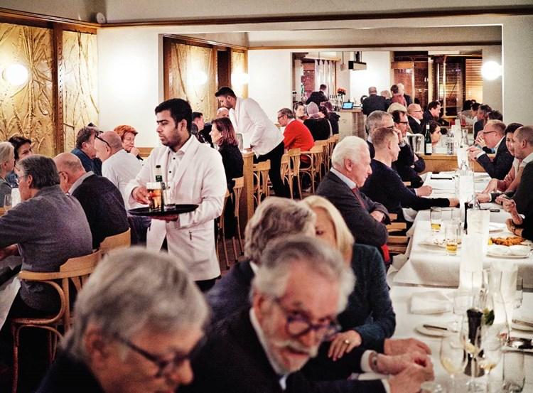 Vorstadtrestaurant Berger & Lohn: Das Reiten des Ponys