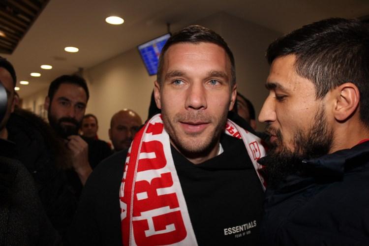 Lukas Podolski wechselt in die Türkei zu Antalyaspor