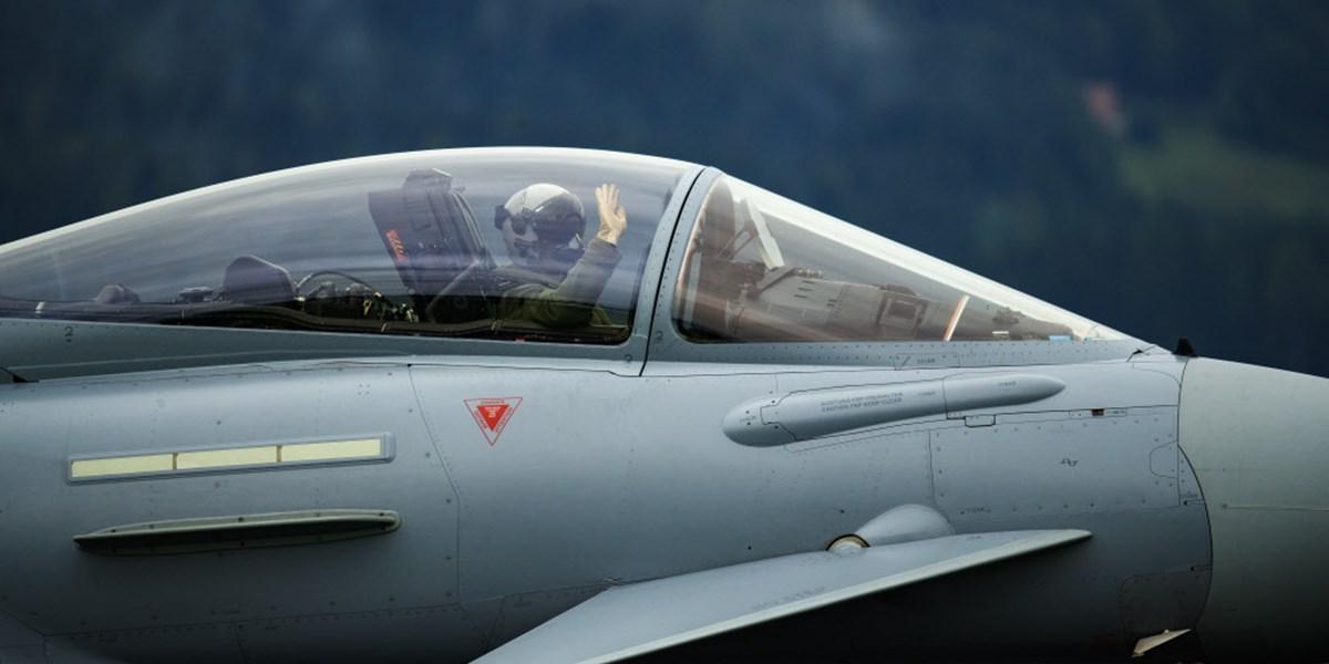 """Eurofighter bringt Justiz in Turbulenzen: Neos wollen """"echte"""" Aufklärung"""
