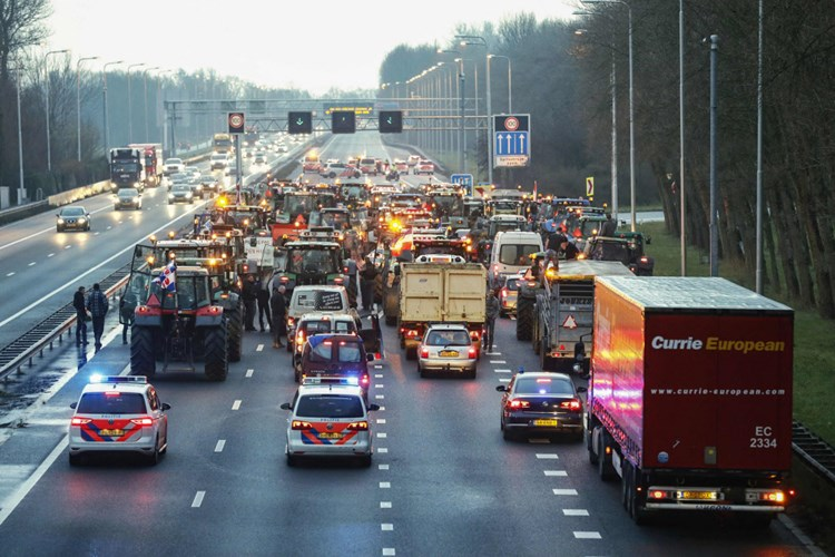 Geschwindigkeit Autobahn Niederlande