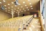 Studieren in Corona-Zeiten: Leerer Hörsaal, volles Postfach