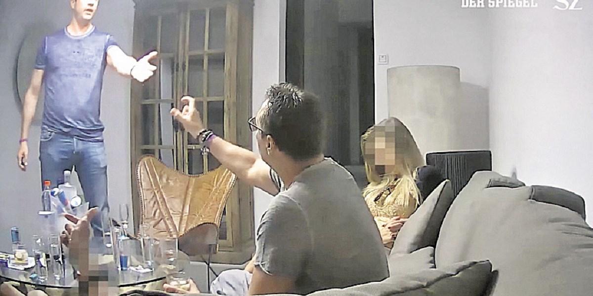 """Inside Ibiza: Wie """"das verwöhnte Partygirl"""" Strache und Gudenus auf die Finca lockte"""