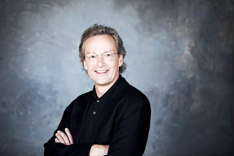 Welser-Möst: Wiener Staatsoper hat an Relevanz verloren - Musik ...
