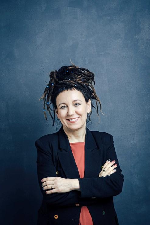 Olga Tokarczuk Neue Bizarre Geschichten Der Nobelpreistragerin Literatur Derstandard De Kultur
