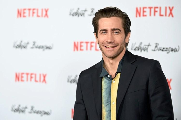 Jake Gyllenhaal In Netflix Thriller The Guilty Netflix Derstandard De Kultur