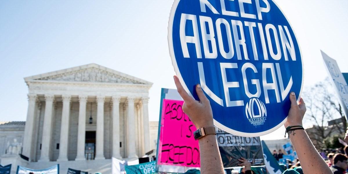Wie Amy Coney Barretts Nominierung Frauenrechte in Gefahr bringt