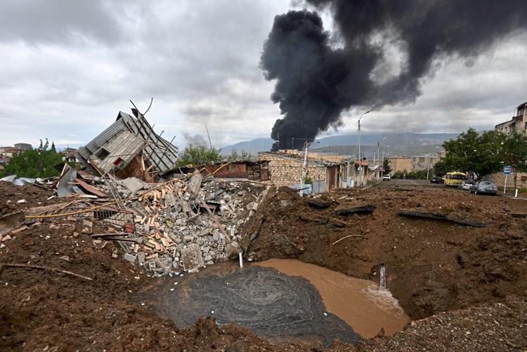 Entscheidungsschlacht Um Bergkarabach Aserbaidschan Derstandard At International