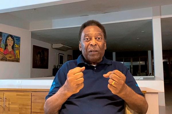 Pelé: Lang lebt der König - Fußball International - derStandard.at › Sport