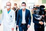 """Gesundheitsminister Mückstein: """"Mitte Mai vorsichtig und langsam aufsperren"""""""