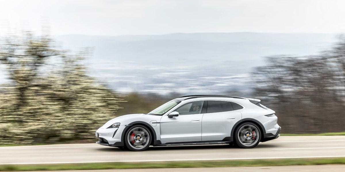 Porsche Taycan Cross Turismo: Der feine Pinkel mit der großen Klappe