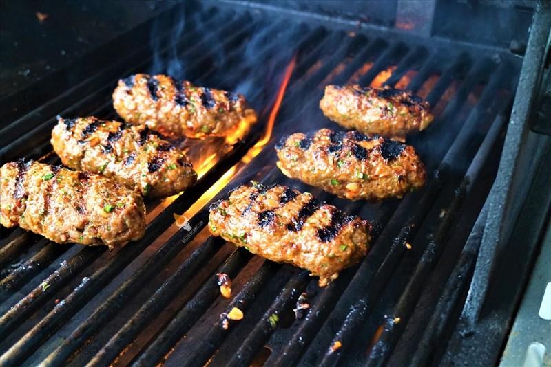 Köfte: Orientalische Fleischbällchen vom Grill