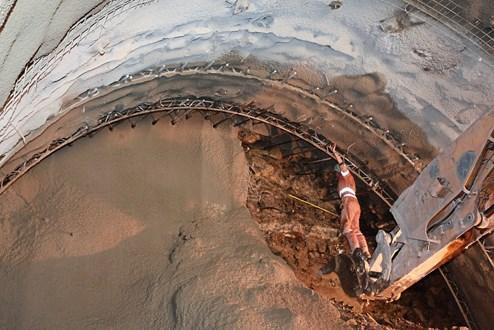berg tunnelbau bohrer video