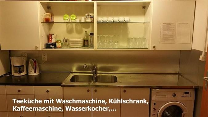 Teeküche mit Waschmaschine
