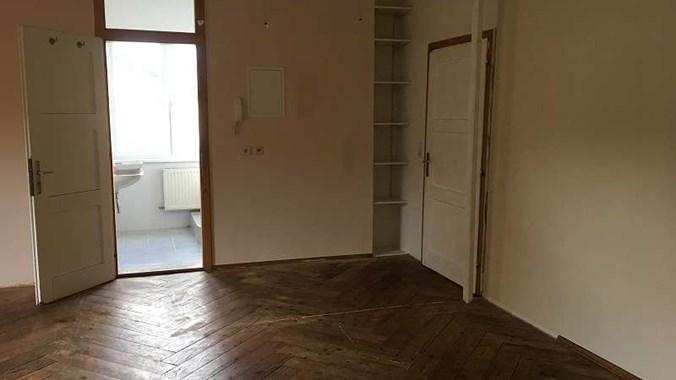 ger umige 2 zimmer wohnung seen he. Black Bedroom Furniture Sets. Home Design Ideas