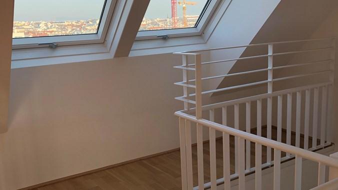 Obere Etage - Fenster am Gang